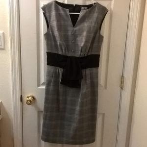 Worthington Grey/Black Plaid Sheath Dress 6